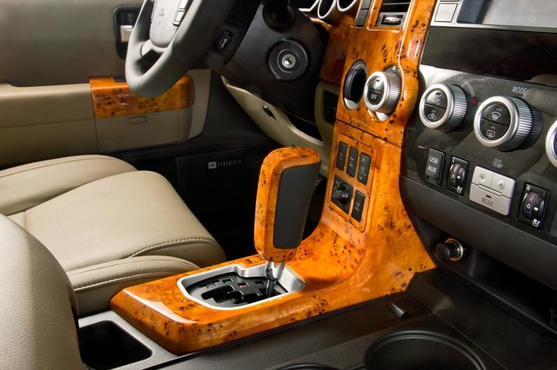 Детали интерьера автомобиля своими руками